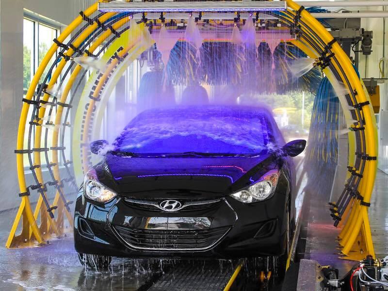Automobilius plauti galima net nepadėjus kojų ant žemės